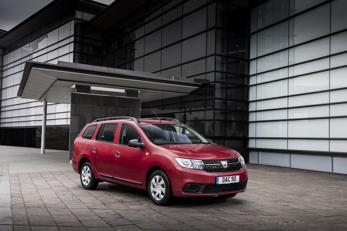 Dacia Logan MCV (2013 - ) front view | The Car Expert