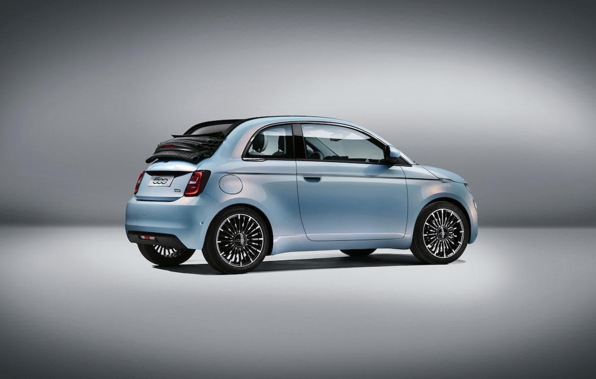 2021 Fiat 500 - rear