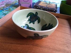 kauai-shopping-celadon-turtles