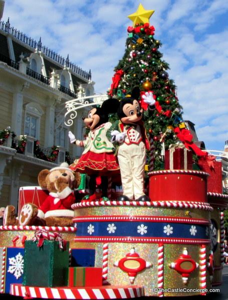 The Holiday Aesthetic At Walt Disney World