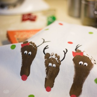 Footprint Reindeer Apron