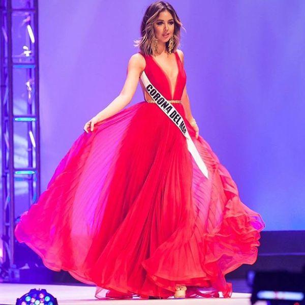 Nadia Mejia Red Backless Evening Dress Miss California USA ...