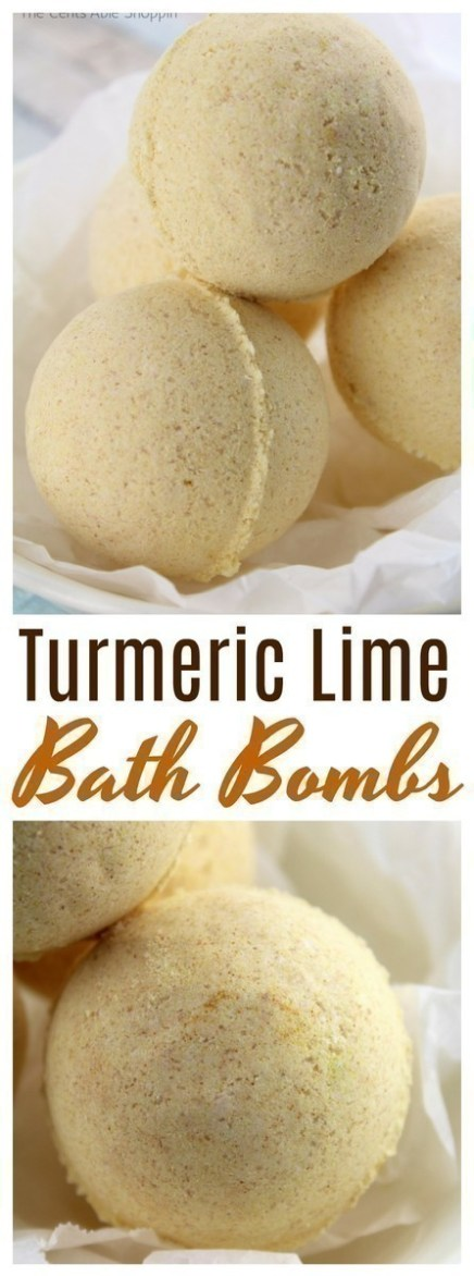 How to make bath bombs and give as gifts for Mother's Day, Valentine's Day, birthdays and more.  #bathbombs #DIY #essentialoils #turmeric
