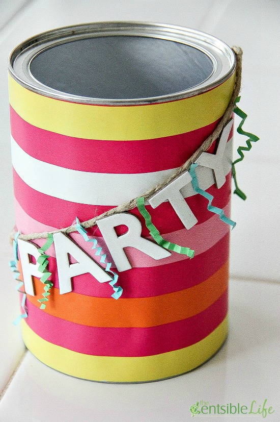 a tin can gift card holder