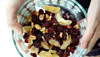 How To Make Your Own High Protein Snack Mix