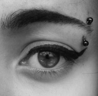 How to Care for Eyebrow Piercing