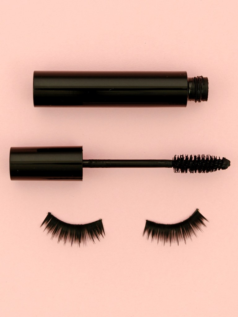 Mascara To Finish Your Office Eye Makeup