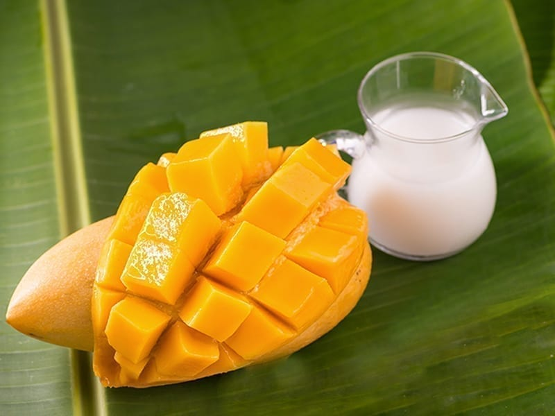 Milk And Mango Face Pack
