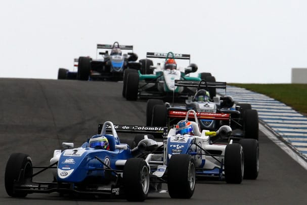 Formula Three, Donington Park (Photo Credit: Chris Enion)