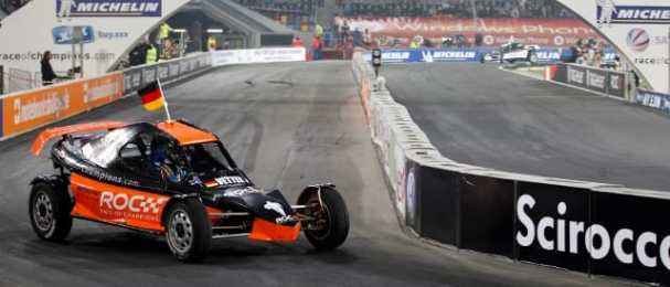 Vettel leads Hanninen in the final race of the night (Photo Credit: Race of Champions)