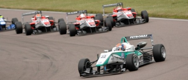 Jaafar leads the Fortec gaggle on the opening lap (Photo Credit: Chris Gurton Photography)