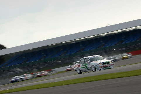 Frank Wrathall led early, but slipped back behind Pearson on track (Photo Credit: Chris Gurton Photography)
