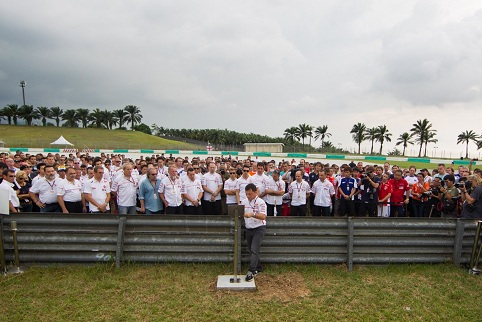 The paddock remembers Simoncelli on Thursday afternoon - Photo Credit: MotoGP.com