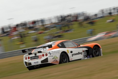 Optimum Motorsport won GT4 for the first time this season (Credit: Chris Gurton Photography)