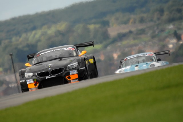 888Optimum Racing's BMW was fastest in the second 60-minute session (Credit: Chris Gurton Photography)