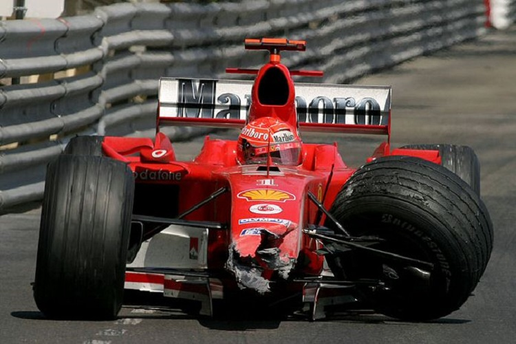 Michael Schumacher retired after colliding with Juan Pablo Montoya (Credit: http://www.f1olivier.info)