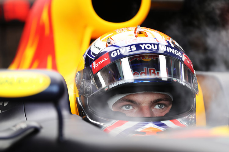 Verstappen looking forward to night race challenge - The Checkered Flag
