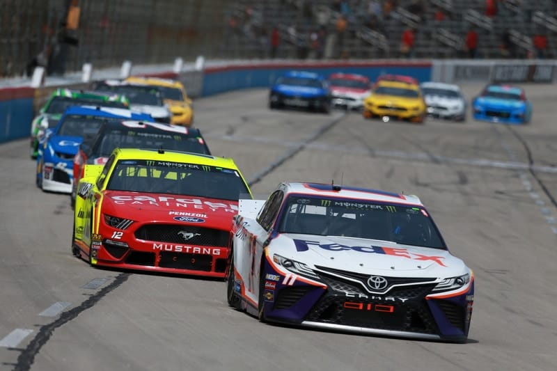 Denny Hamlin (USA), Joe Gibbs Racing, Ryan Blaney (USA), Team Penske, 2019 Monster Energy NASCAR Cup Series, Texas Motor Speedway