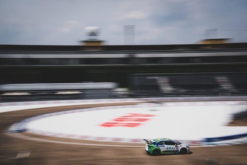 Caca Bueno on pole position for Berlin Jaguar I-Pace eTrophy race