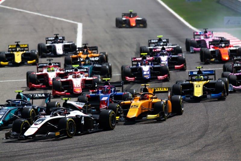 Formula 2 - Bahrain - Start