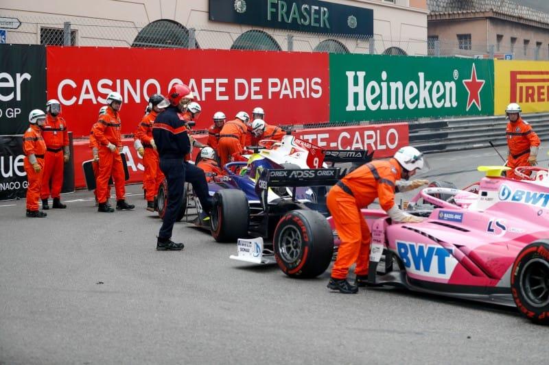 Monaco - F2 - Feature Crash