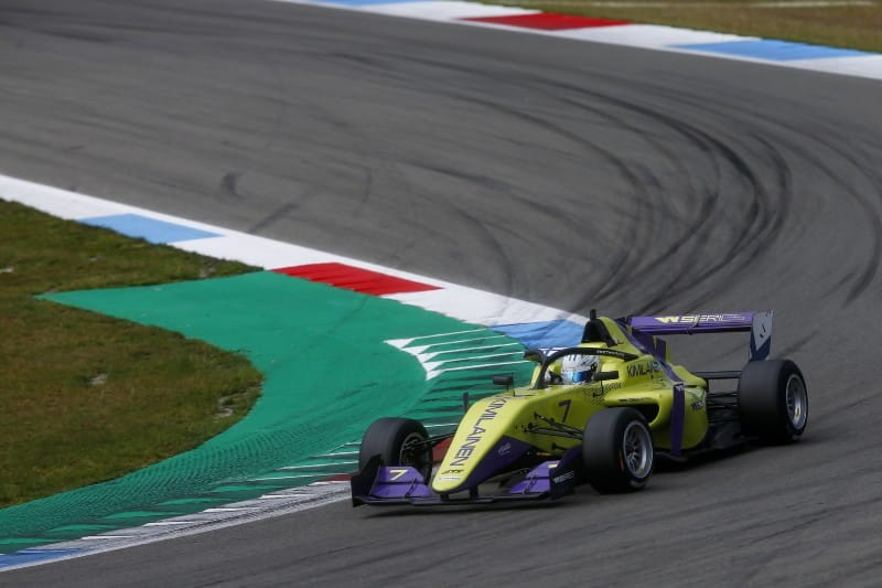 Kimilainen - W Series - FP2