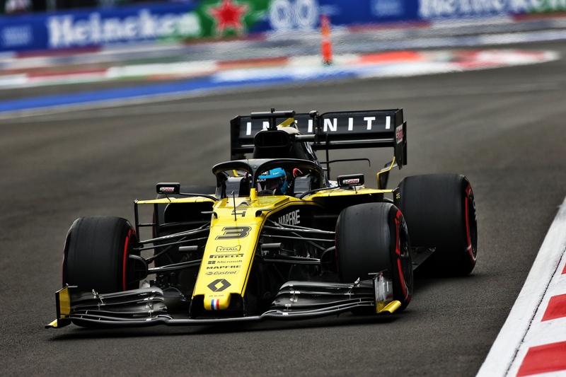 Daniel Ricciardo - Renault F1 Team in the 2019 Formula 1 Mexican Grand Prix - Autodromo Hermanos Rodriguez - Free Practice 2