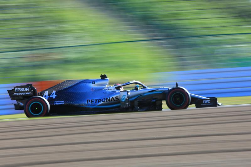 Lewis Hamilton - Mercedes-AMG Petronas Motorsport in the 2019 Formula 1 Japanese Grand Prix - Suzuka International Racing Course - Race