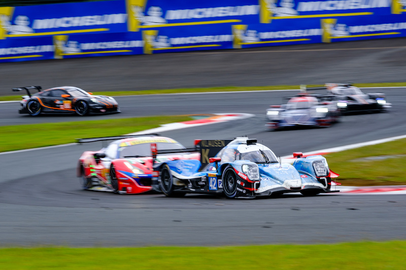 Cool Racing battling on track at Fuji Speedway