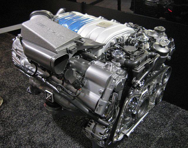 English: Mercedes-Benz M156 AMG 6.3L V8 DOHC E...