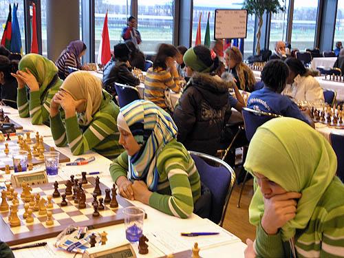 http://www.thechessdrum.net/tournaments/Olympiad2008/photos/Libya (women). jpg
