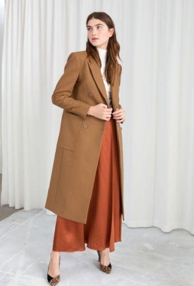 Cappotto cammello gonna arancione abbinamento look outfit The Chic Jam