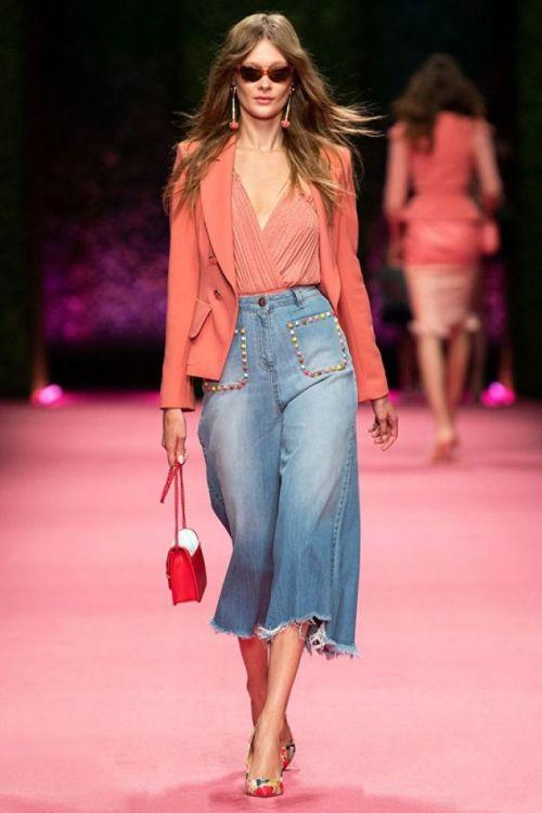 Corallo e jeans