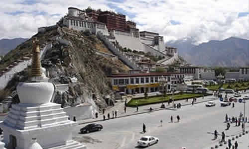 China closes Tibet to foreign tourists