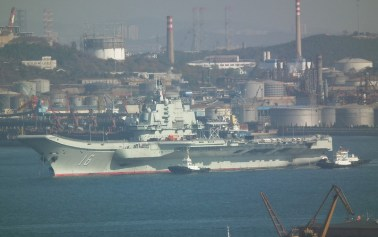 "China's aircraft carrier ""Liaoning"" back from maiden voyage"