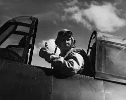 pilot-thumbs-up