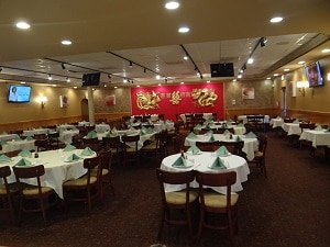 Pine-Court-Chinese-Bistro-Sunrise-dining-room