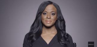 WATCH: Woman Removes Her Makeup & Reveals Her True Beauty