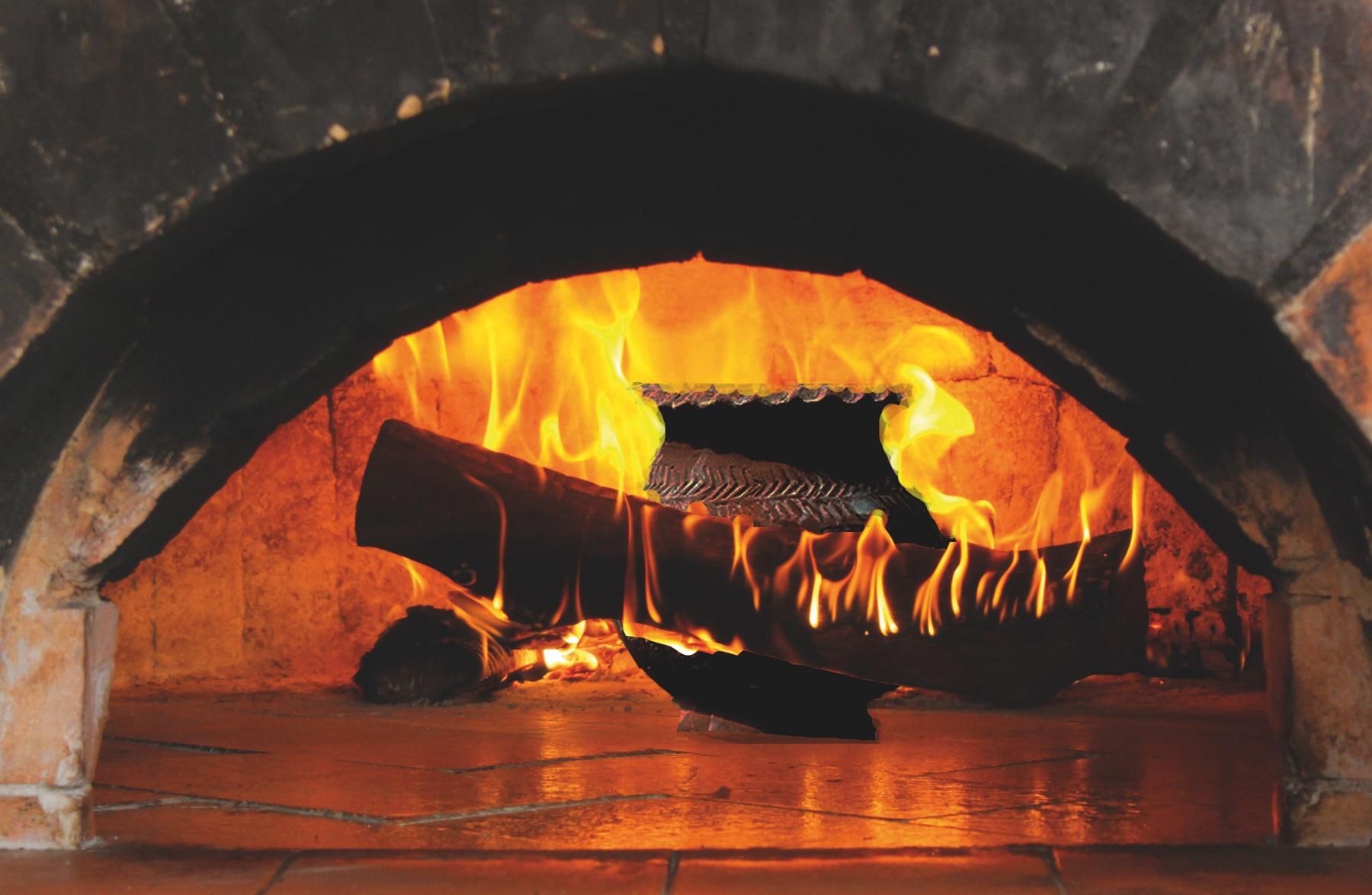 burning-log-2088631