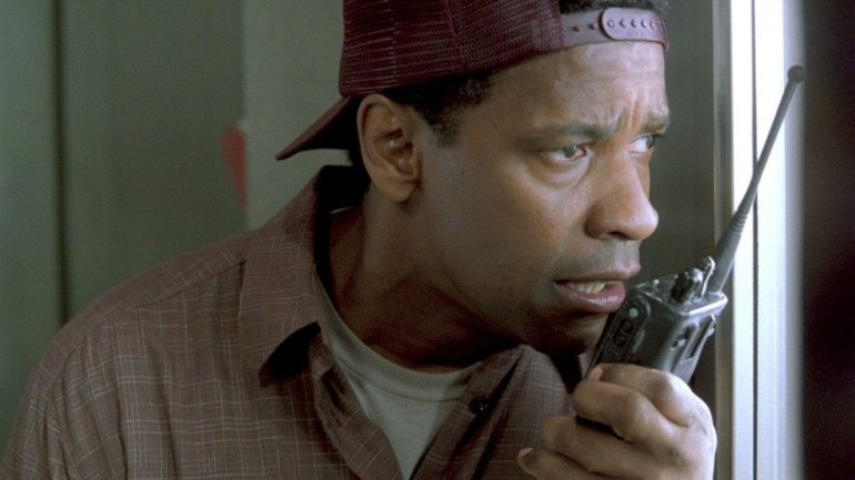 10 movies that critics hated but audiences loved � the