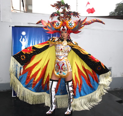 Miss Perú Universo 2009: Karen Schwartz