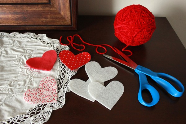 heart garland supplies