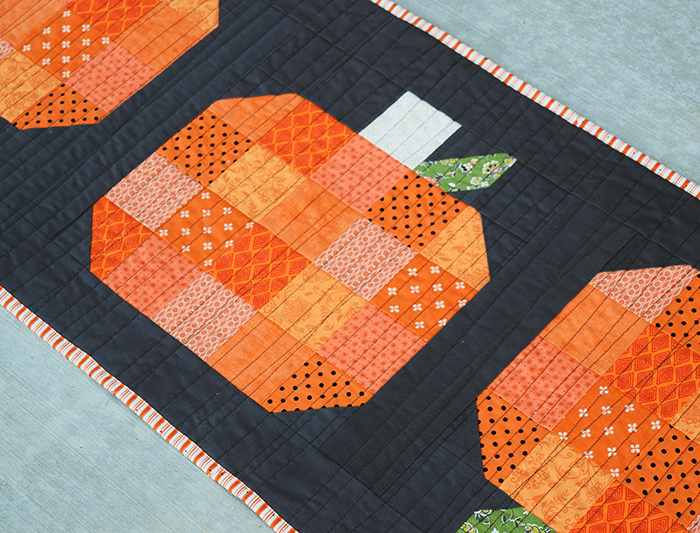 Make This: Fall Pumpkin Table Runner Tutorial