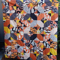 Make This: Halloween Crossroads Quilt Tutorial