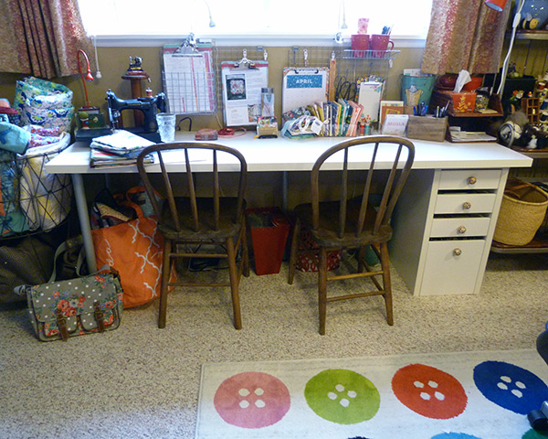 sewing-desk