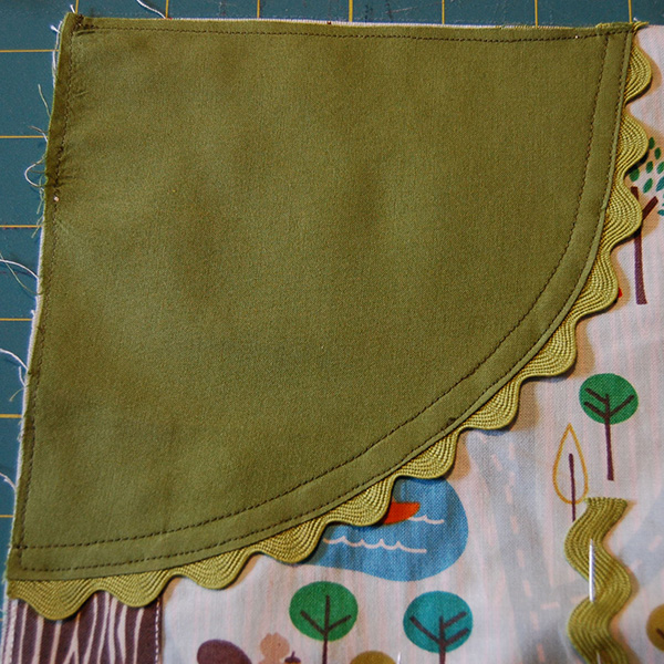 tree top edge stitching