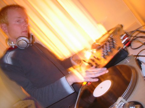 DJ Cave