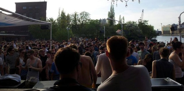arena open air
