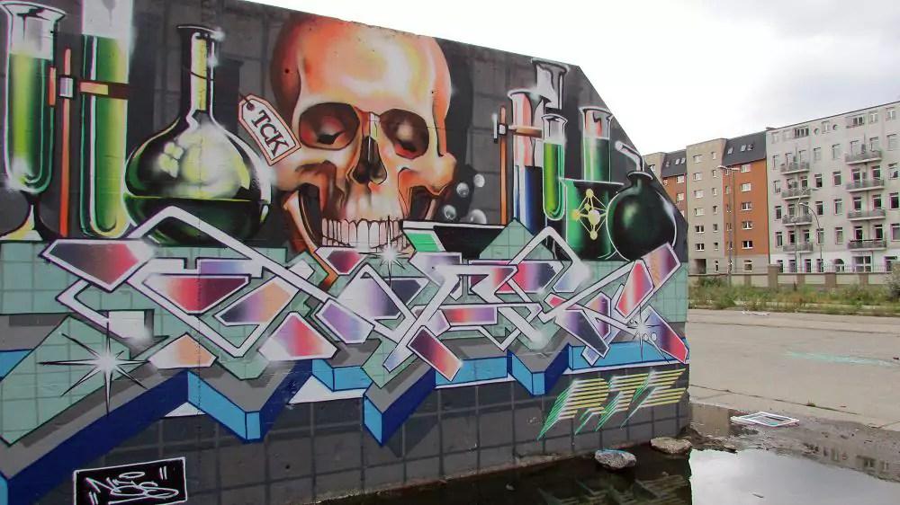 graffiti-berlin-stralauer-allee-10