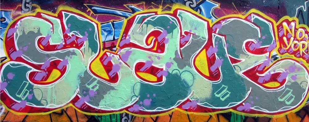 mauerpark-graffiti-wall-9